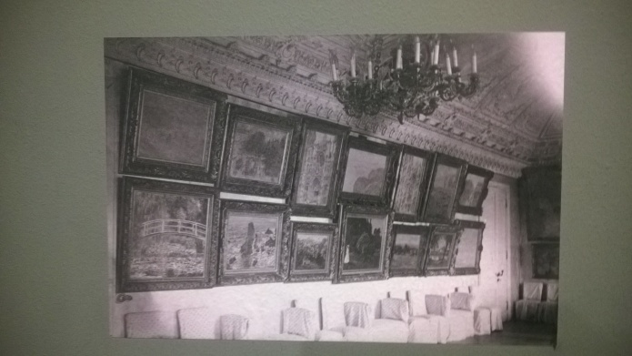 Archive image of how the collection was displayed in Shchukin's Trubetskoy Palace